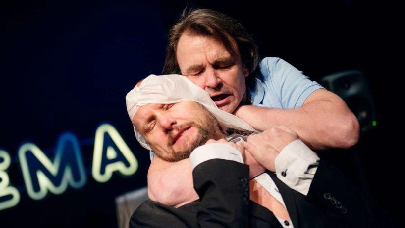 Det Norske Teatret I EINSEMDA PÅ BOMULLSMARKENE.jpg
